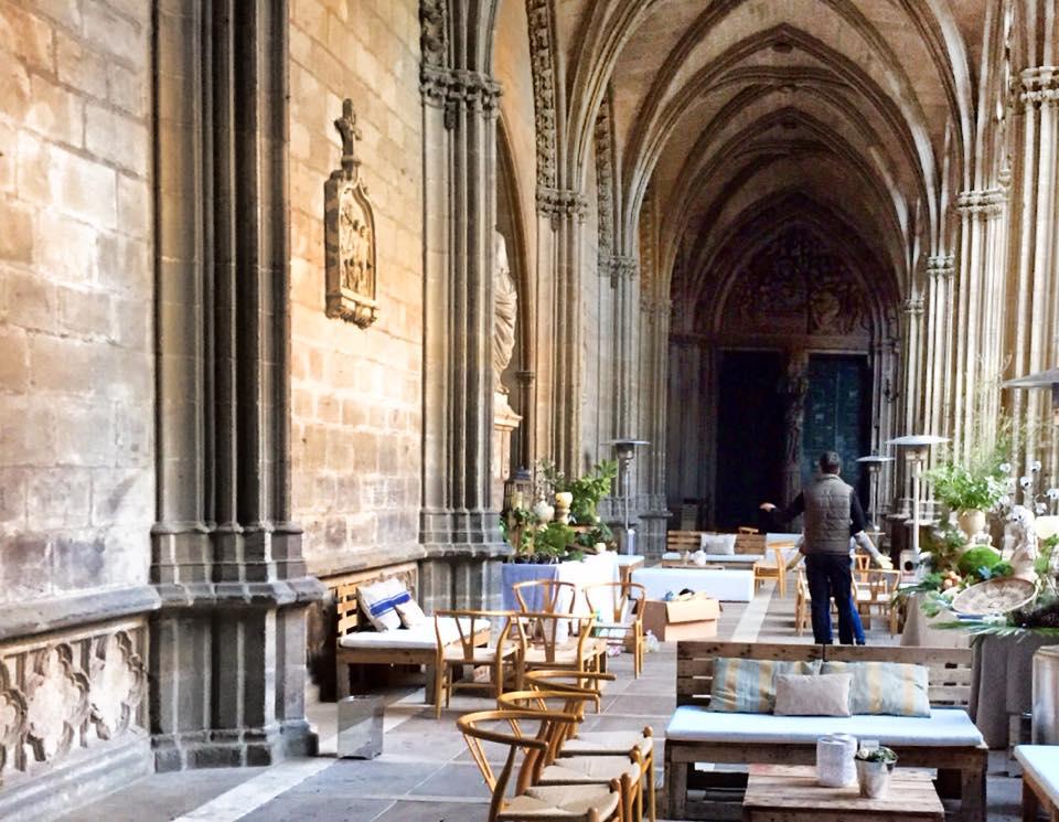 Mobiliario eventos en </br> <b> Catedral de Pamplona </b> </br> Pamplona