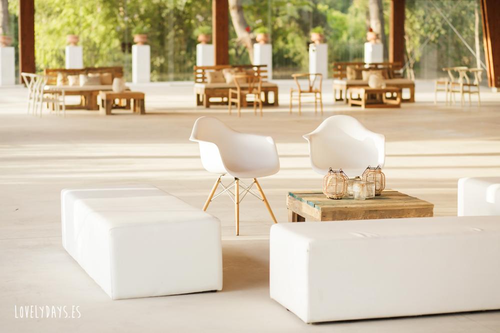 Mobiliario bodas en </br> <b> Masía del Carmen </b> </br> Valencia