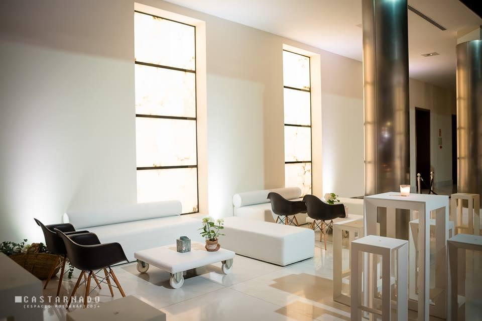 Mobiliario eventos en </br> <b> Edificio del Reloj </b> </br> Valencia