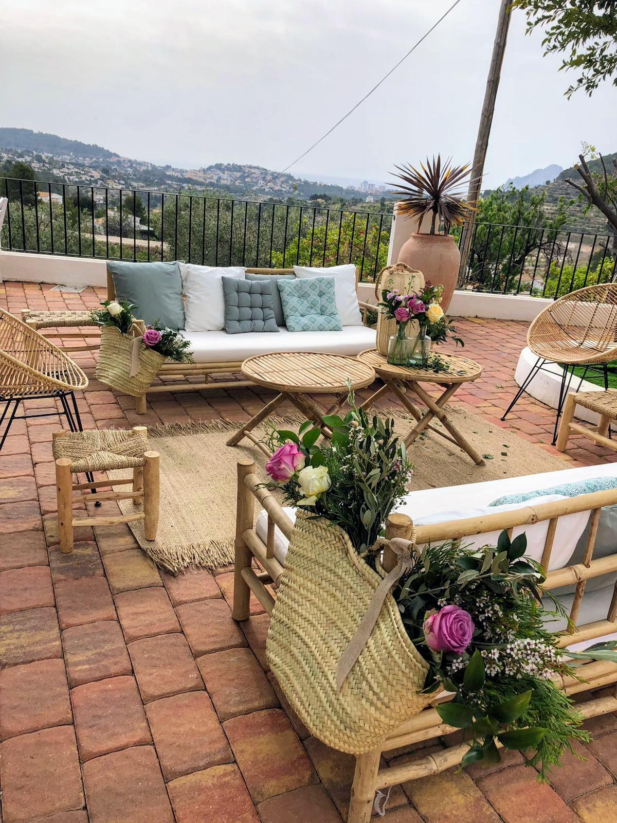 Mobiliario bodas en </br> <b> Masía Venta La Chata </b> </br> Calpe