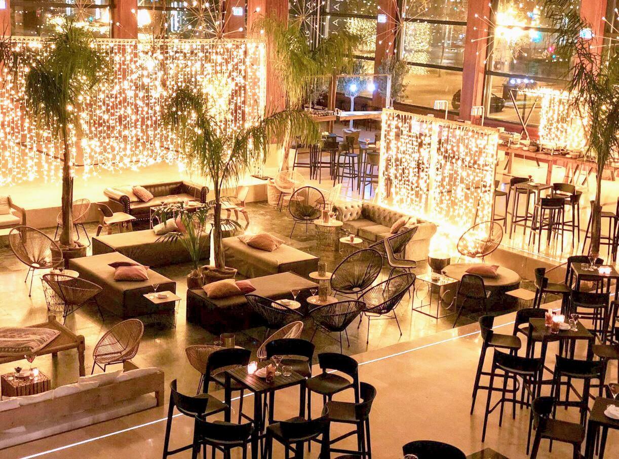 Mobiliario eventos en </br> <b> Palau Alameda  </b> </br> Valencia