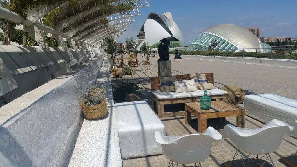 Mobiliario eventos en </br> <b> Terraza L´Umbracle </b> </br> Valencia