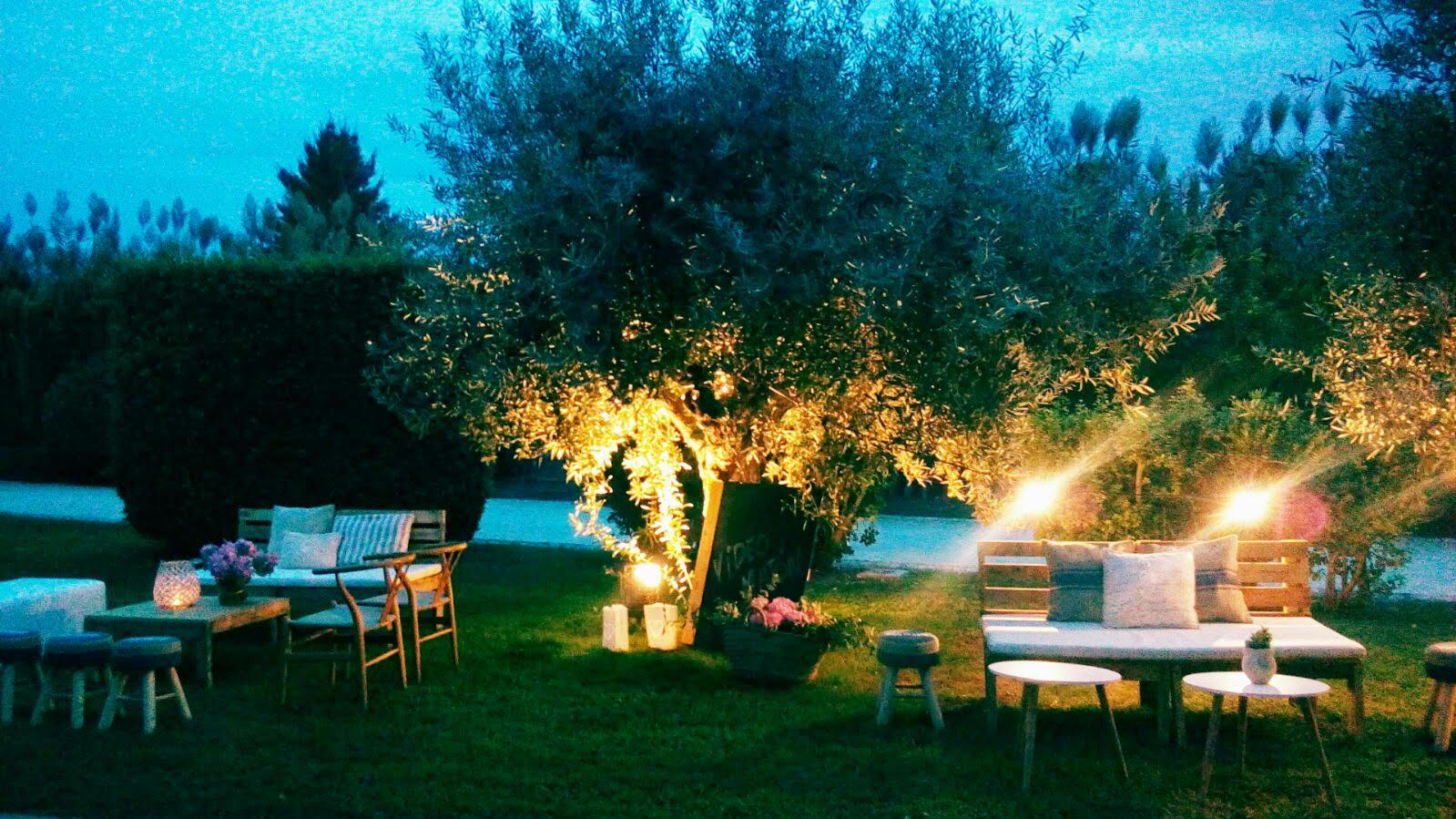 Mobiliario bodas en </br> <b> Huerto de Santa Maria </b> </br> Valencia