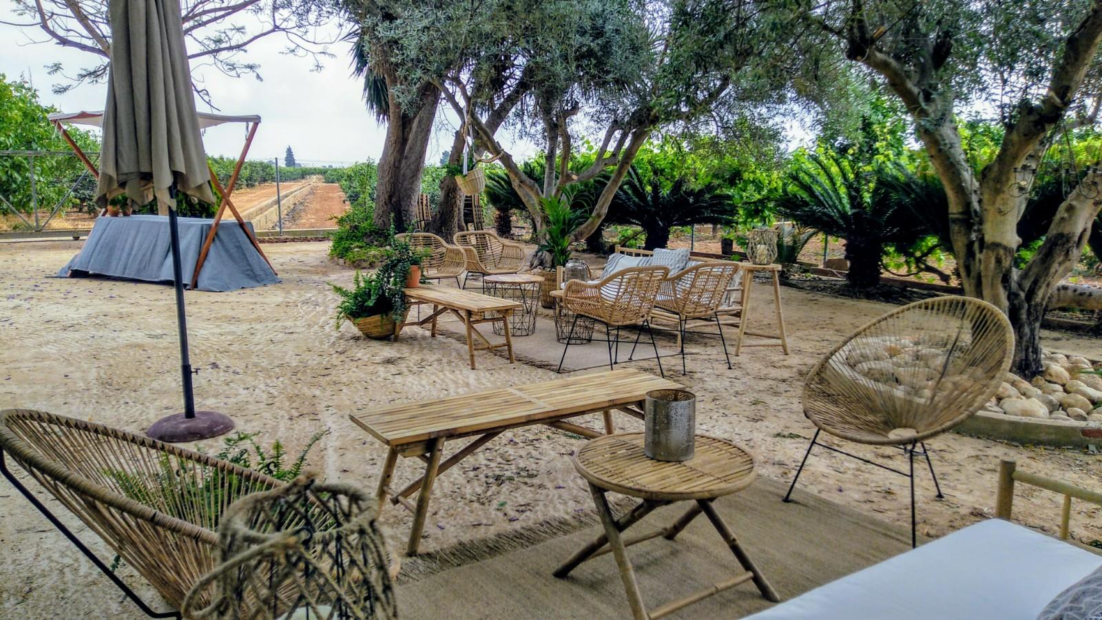 Mobiliario bodas en </br> <b> Casas privadas </b> </br> Valencia